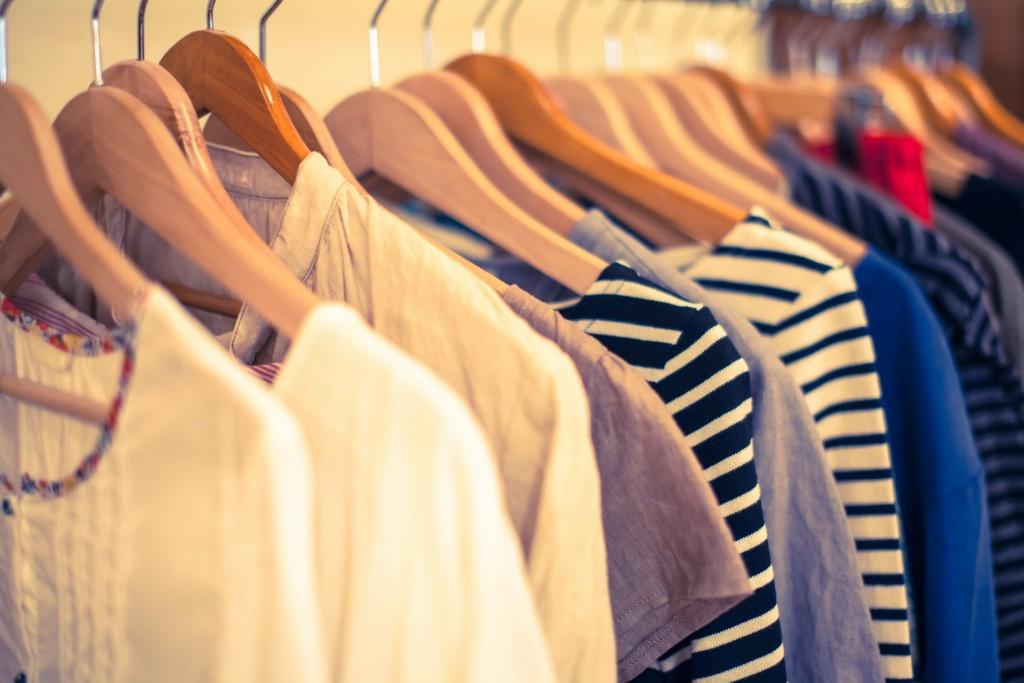 できるだけ高く売りたい!洋服を高額買取してもらえるコツとは?